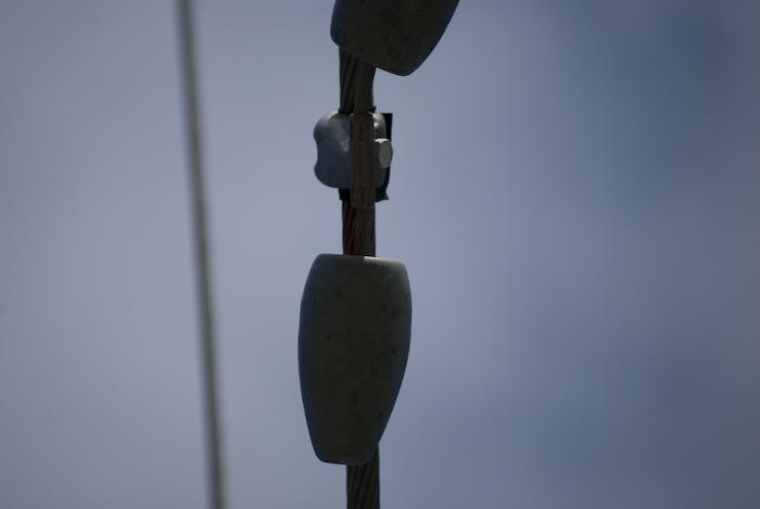 vibration damper on cable