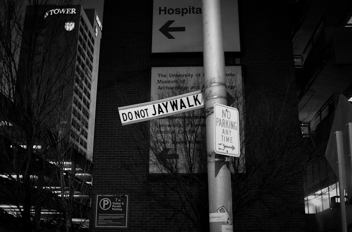 sign: do not jay walk