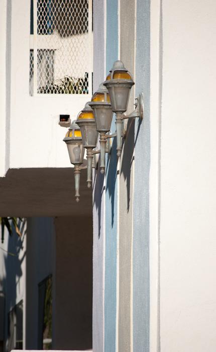lights on building edge