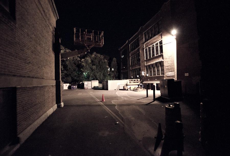 crane around corner
